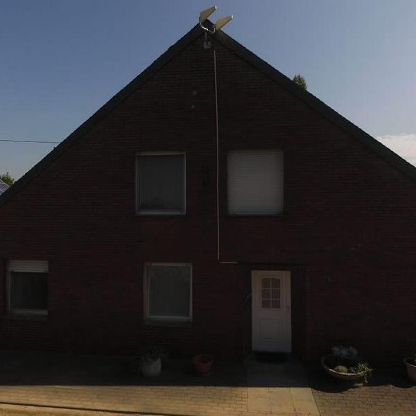 Zwei Generationenhaus in ländlicher Lage